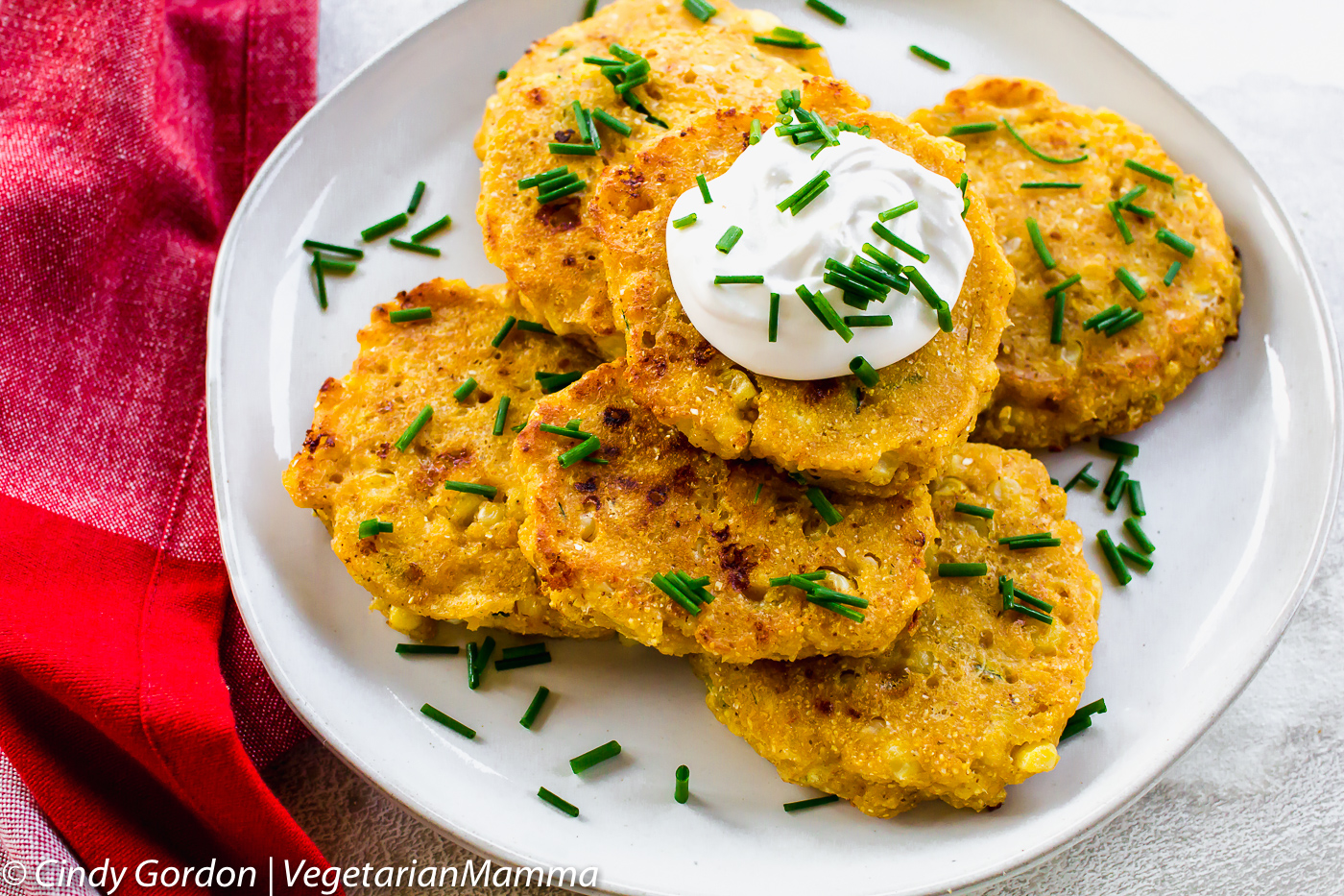 Zucchini corn Cakes or Zucchini Fritters are the perfect dinner for this weekend.
