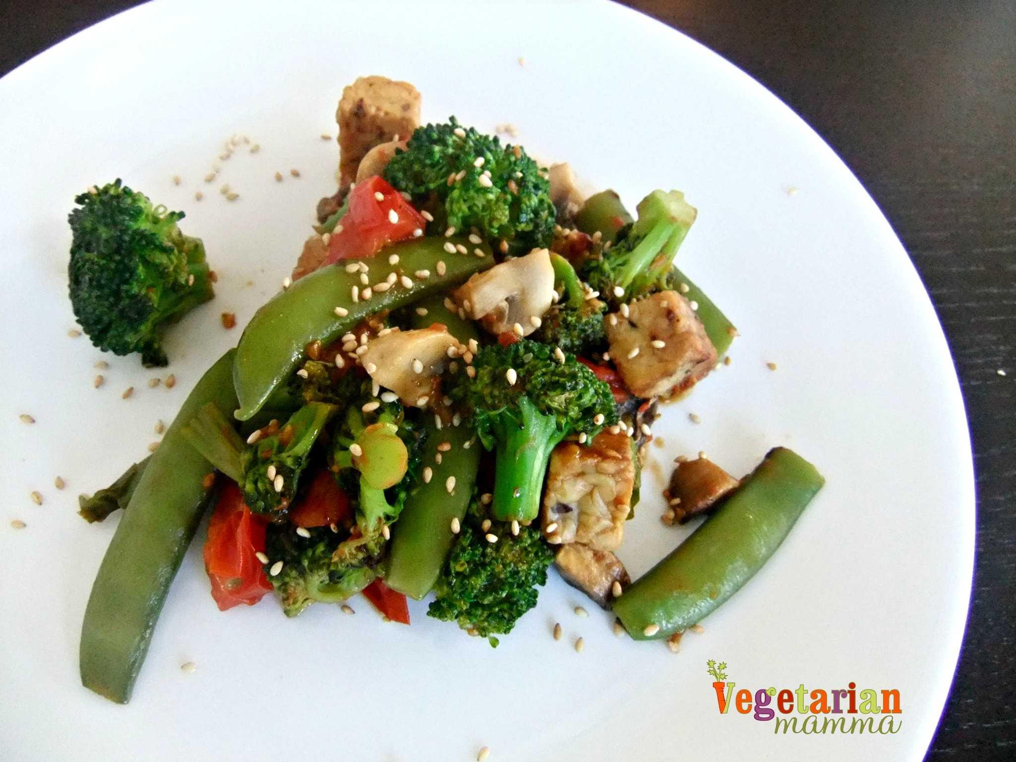 Vegetable Tempeh Stir Fry - #glutenfree #vegan - Vegetarian Mamma