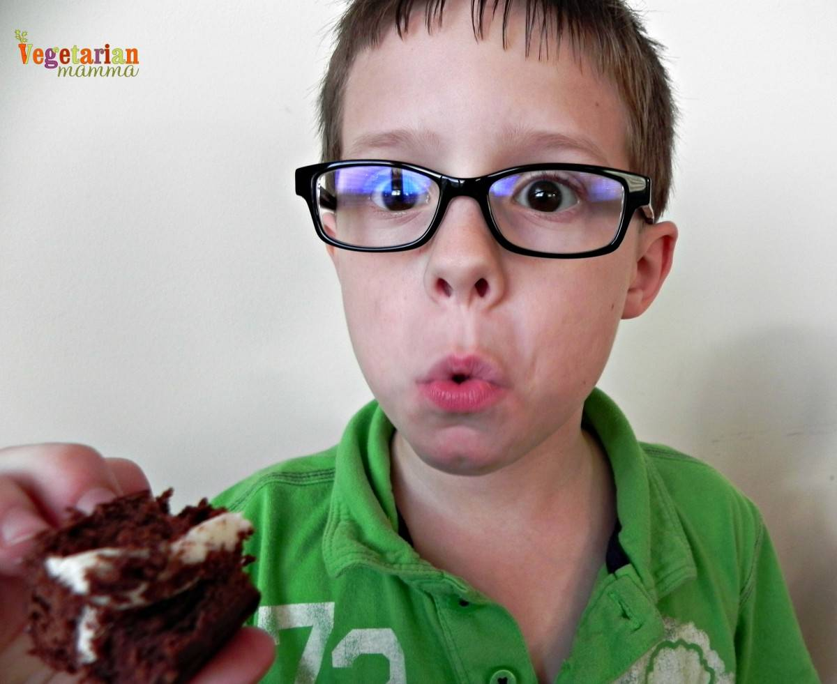 Kid Reaction to IMonk Bakery Whoopie Pies vegetarianmamma.com