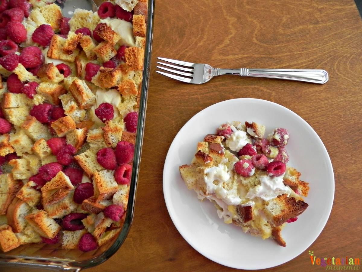 Raspberry Breakfast Casserole #glutenfree #dairyfree vegetarianmamma.com