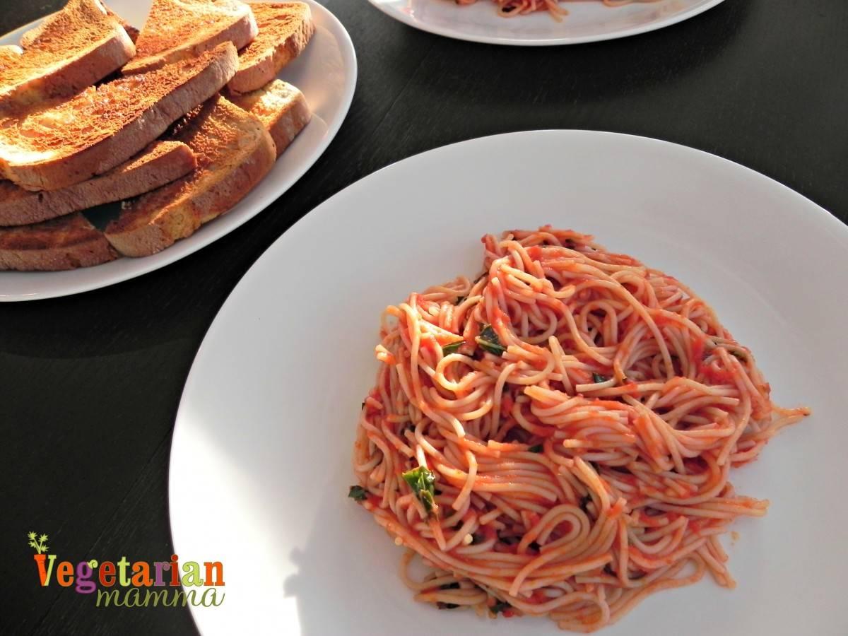 Simple Spaghetti Fra Diavolo #glutenfree vegetarianmamma.com
