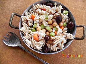 Summer Pasta Salad #glutenfree #vegan vegetarianmamma.com
