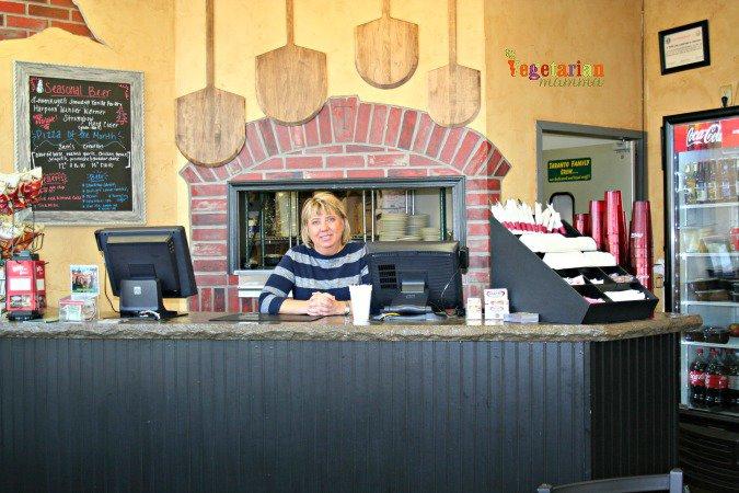 Taranto's Pizzeria #glutenfree @vegetarianmamma.com