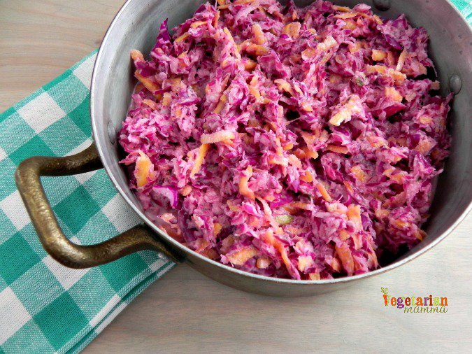 Sweet Purple Slaw #sidedish #glutenfree #vegan from @vegetarianmamma.com
