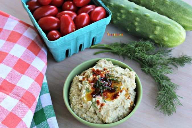 Cumcumber Hummus - #hummus #cucumber #glutenfree #vegan #nutfree #snack #garden @vegetarianmamma.com