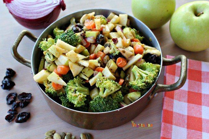 Broccoli Apple Salad vegetarianmamma.com #glutenfree #nutfree