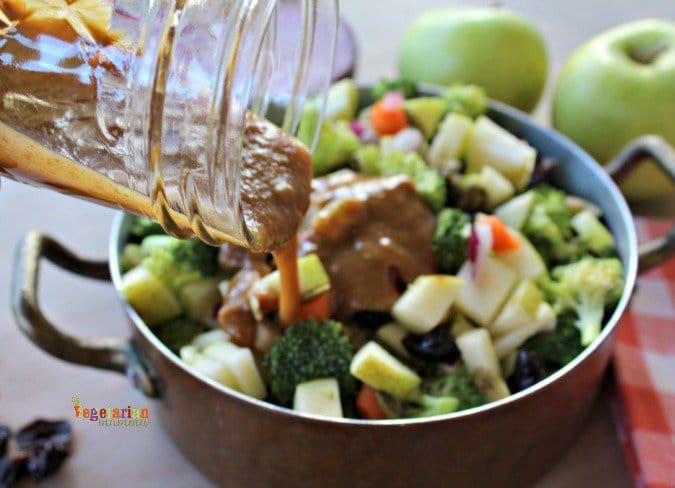 Broccoli Apple Salad vegetarianmamma.com #glutenfree
