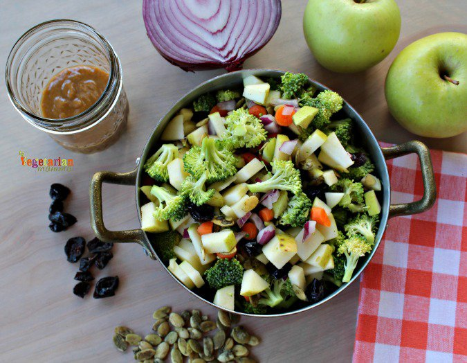 Broccoli Apple Salad vegetarianmamma.com