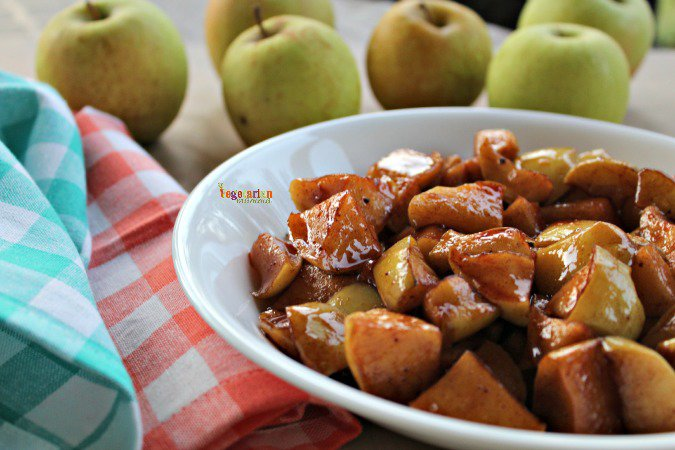 Sweet Cinnamon Apples #glutenfree @vegetarianmamma.com