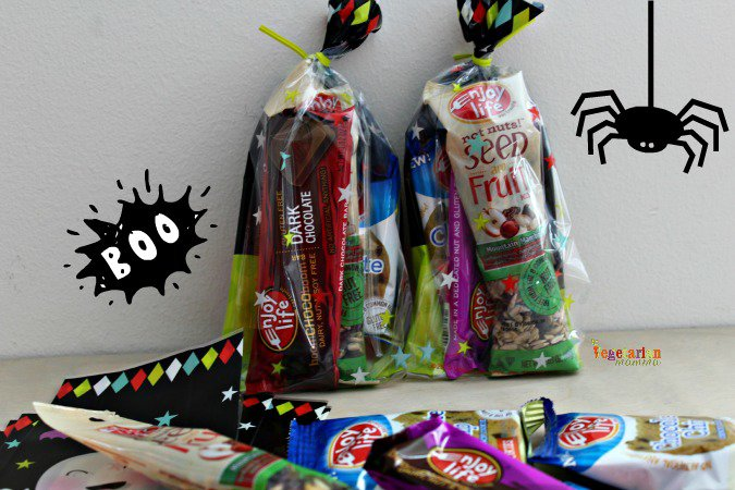 Trick Or Treating with Food Allergies @vegetarianmamma.com #glutenfree #nutfree