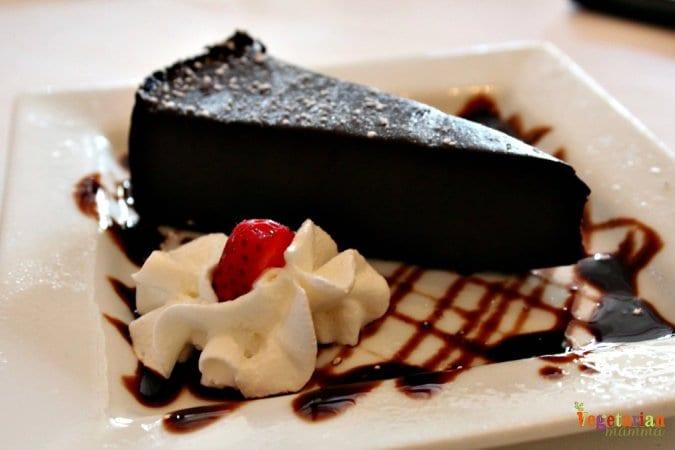 Mia Bella Restaurant Review @vegetarianmamma.com Chocolate Cake