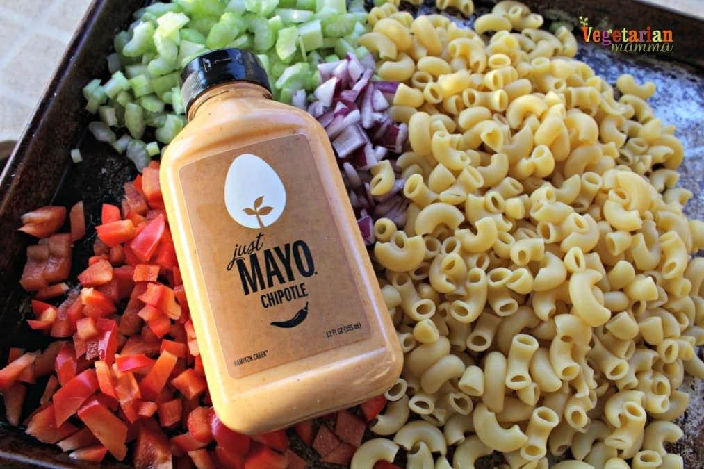 Chipotle Macaroni Salad @ vegetarianmamma.com 1