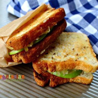 Apple Gouda Grilled Cheese @VegetarianMamma.com - Adult Grilled Cheese