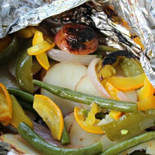 Foil Packet Cooking - Grilled potatoes and vegetables