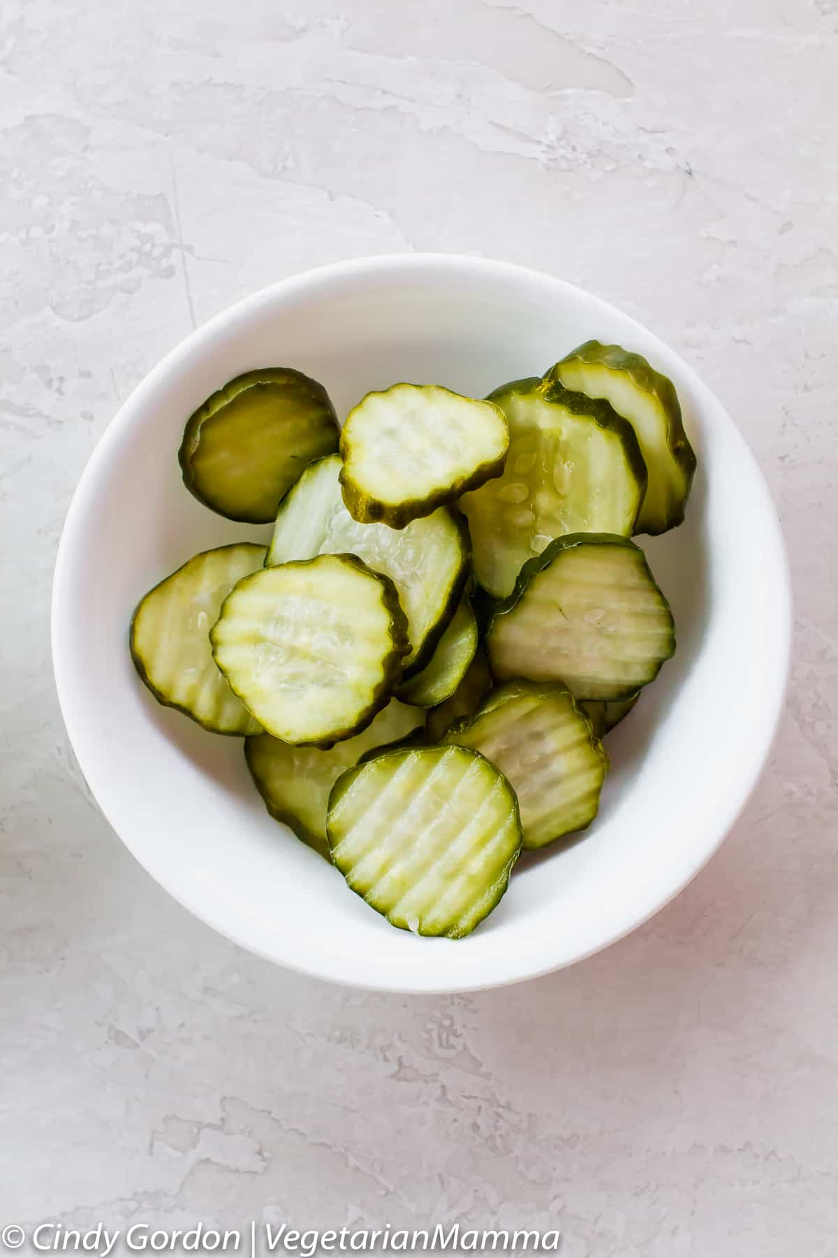 Dill pickle slices