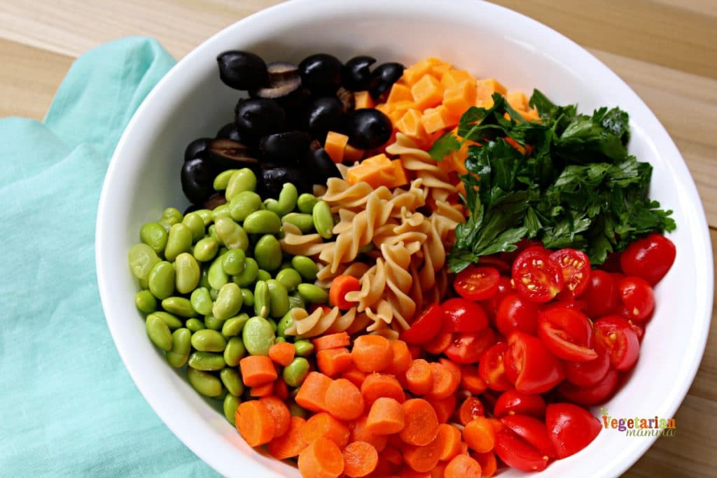Kid Friendly Pasta Salad @Vegetarianmamma.com - BTS Lunch - Gluten Free Kid Friendly Pasta Salad
