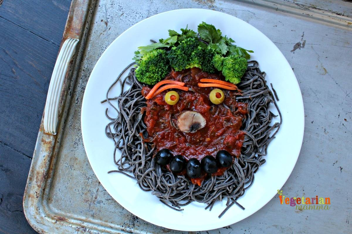 as the leaves start to turn and we roll into october it is time to think of halloween themed food why not create some spooky halloween pasta for your