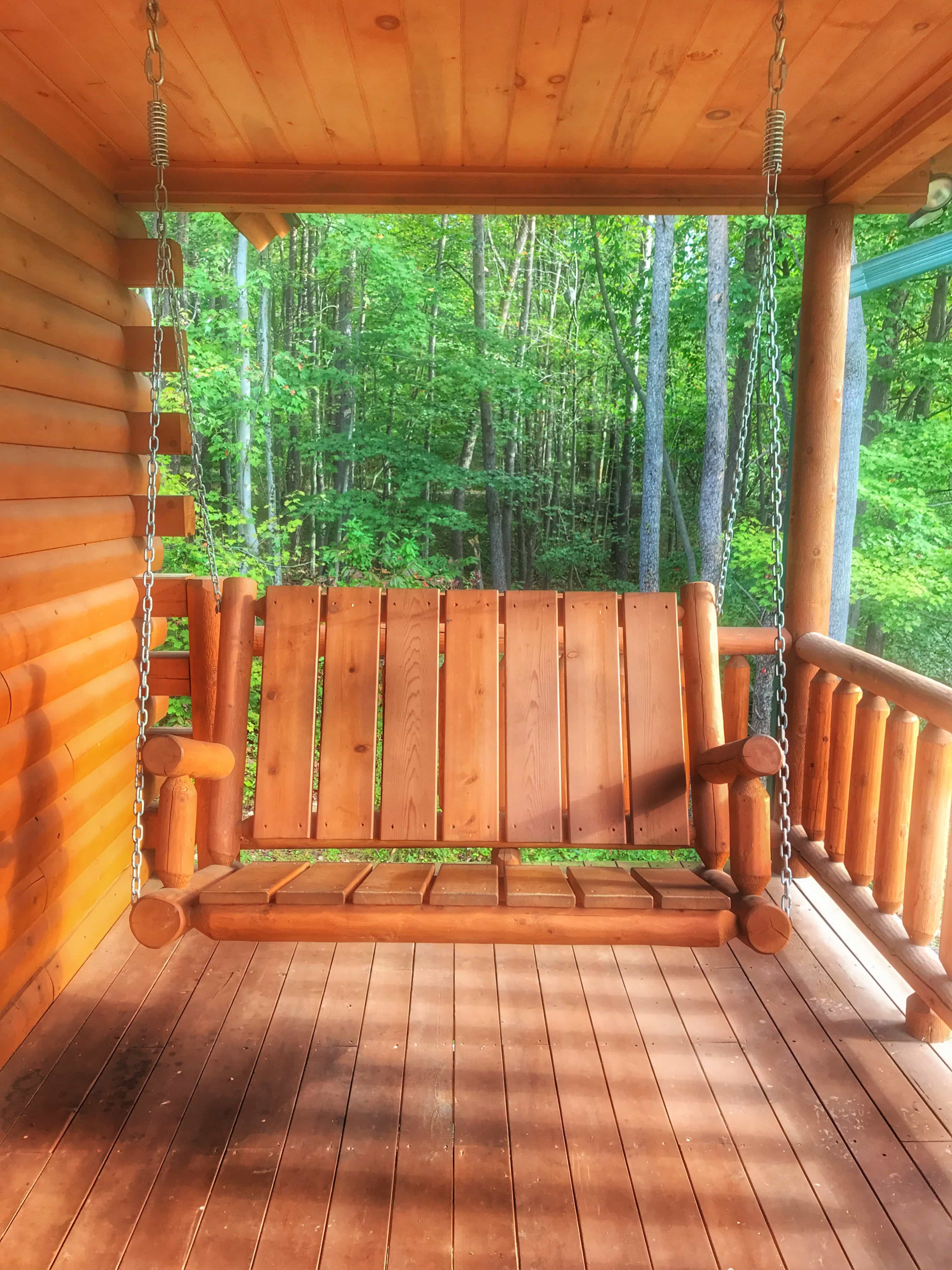 secluded cabin hocking at creeksong queen hills harvest bed cabins cottages moon loft htm