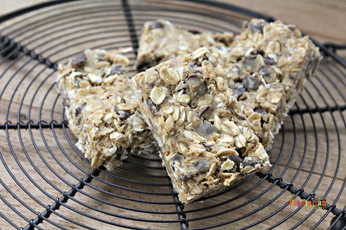 Gluten Free, Dairy Free, Nut Free chocolate chip Granola Bars