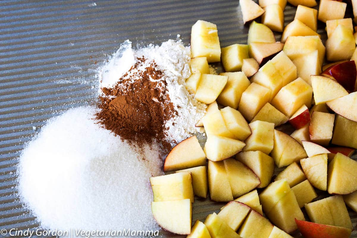 easy-apple-crisp-vegetarianmamma-com-fresh-ingredients