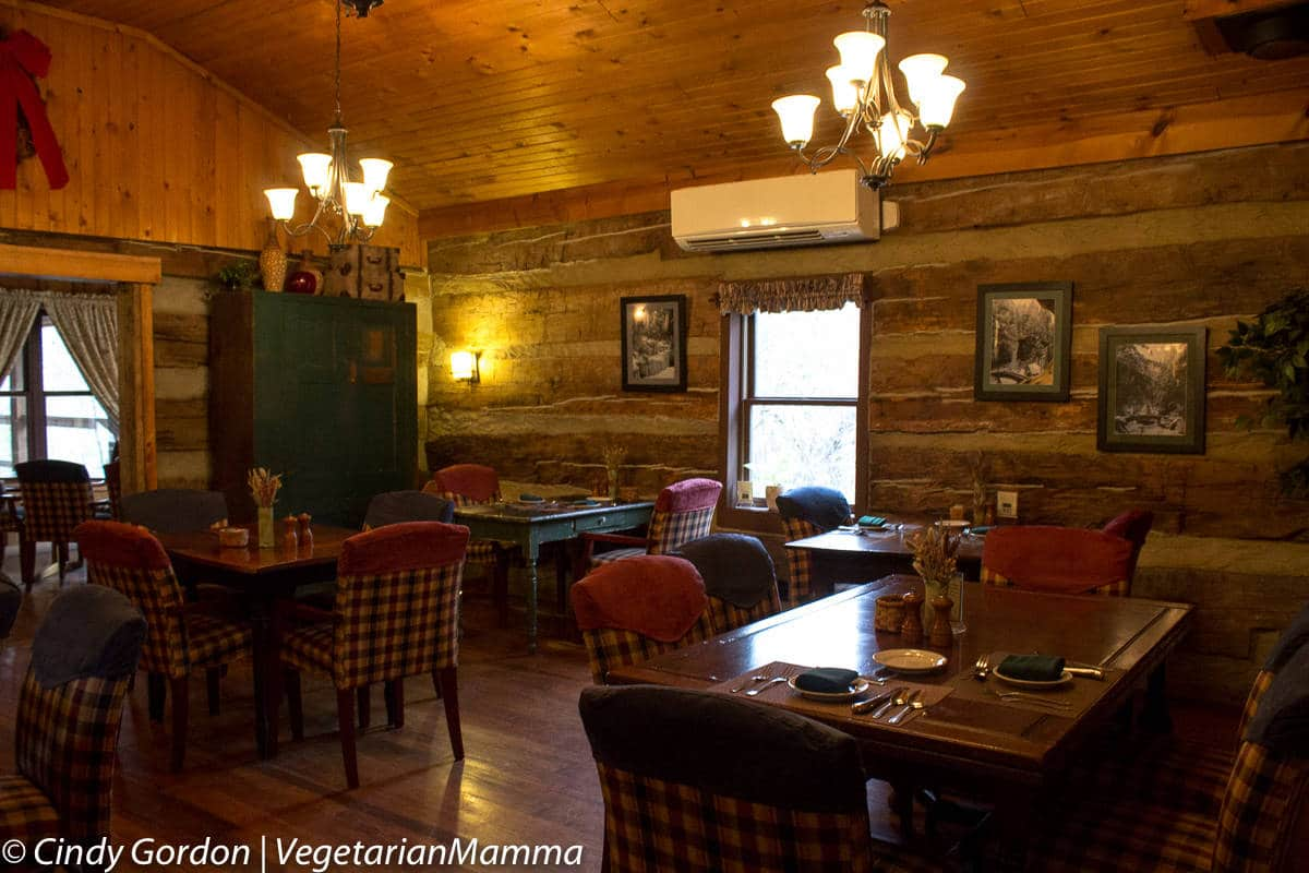 Top 8 Places to Eat Gluten Free in Hocking Hills