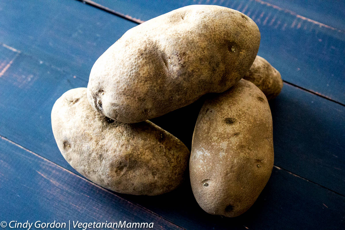 unwashed whole potatoes