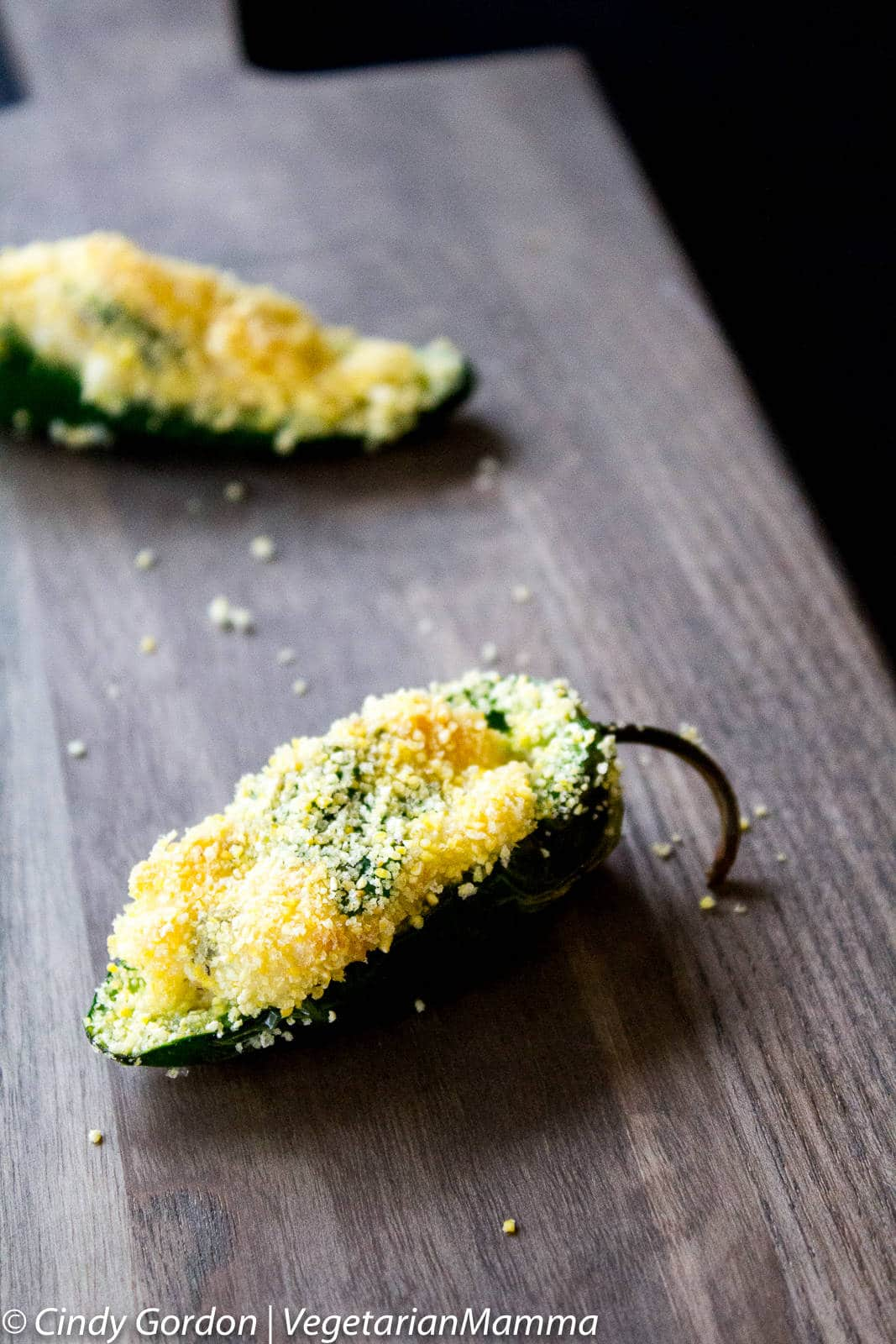 Air Fryer Jalapeno Poppers @vegetarianmamma.com
