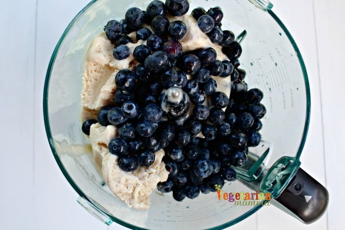 Frozen Blueberry Lemon Pie