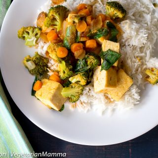 Curry Tofu with Broccoli and Rice – featuring the EZ Tofu Press!