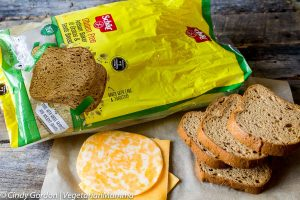 Schar launches 10 Grains and Seeds Loaf