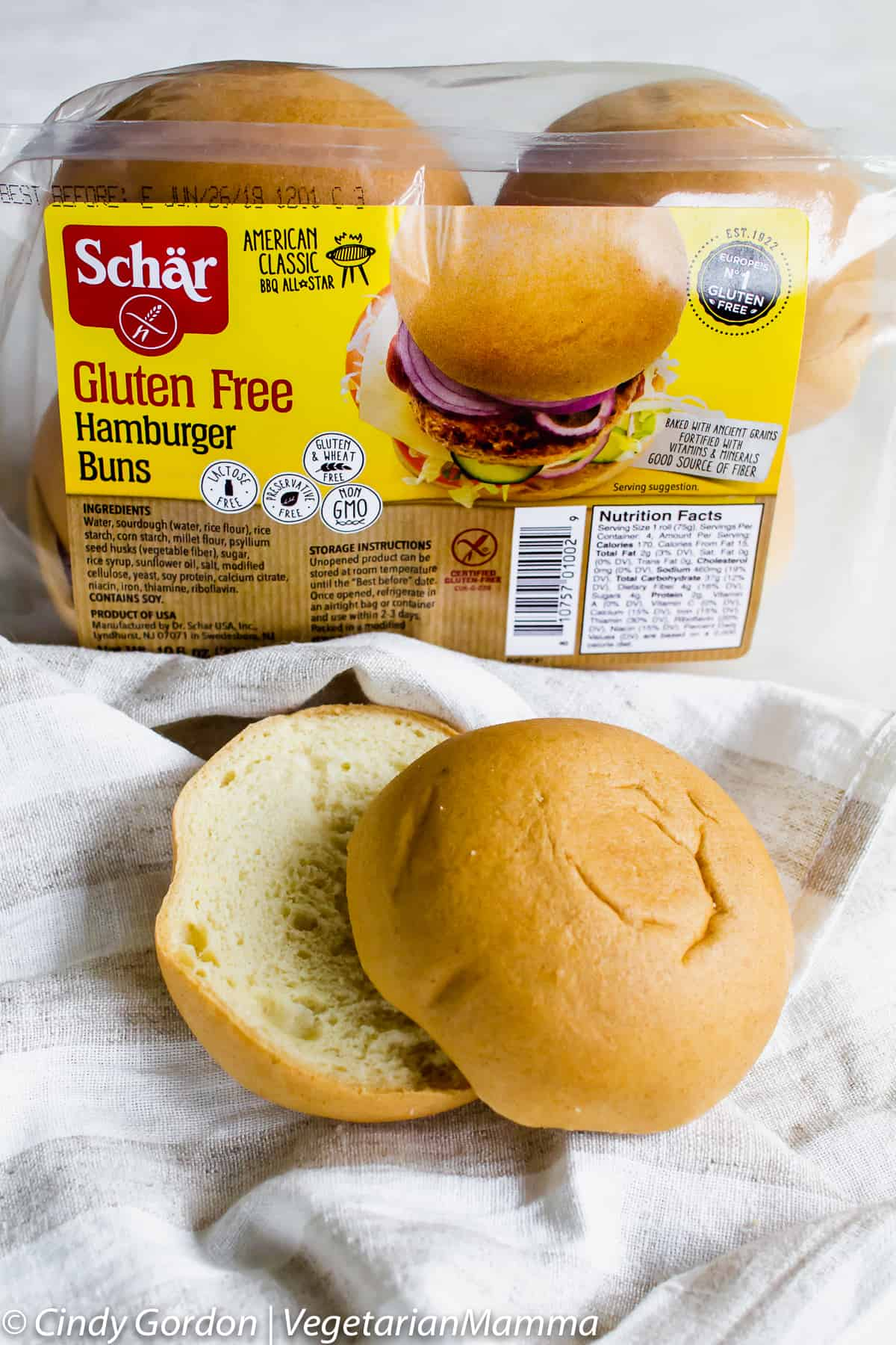 Schar makes the most delicious gluten-free buns which pair nicely with this tofu sandwich.