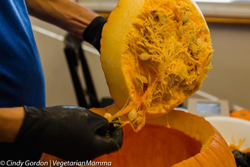 Air Fryer Pumpkin Seeds removing seeds from pumpkin