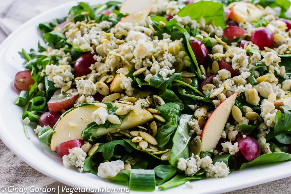 Gorgonzola Cheese and Apple Salad is nut free
