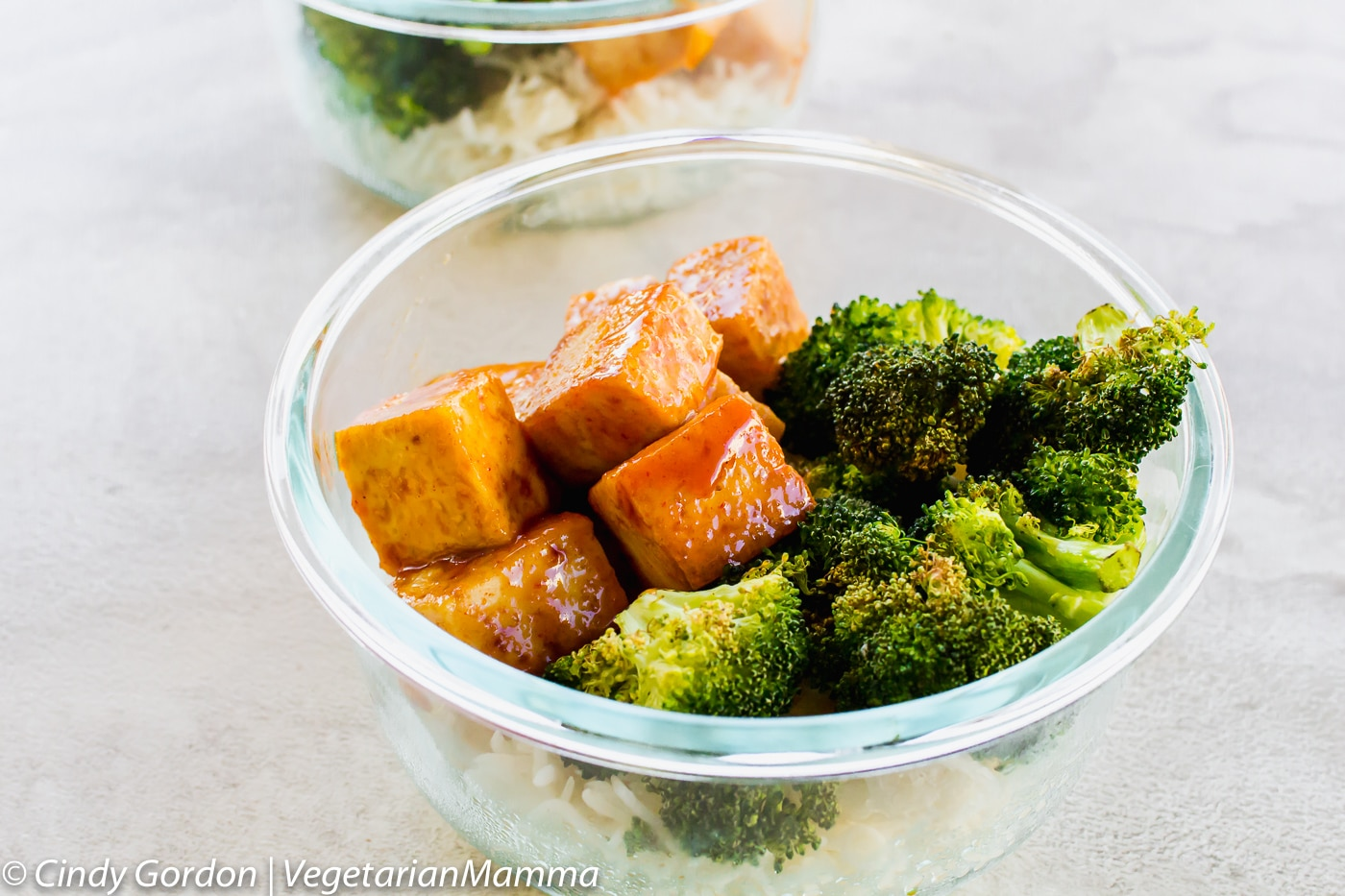 Honey Sriracha Tofu is a spicy fried tofu recipe that is perfect for meal preps!