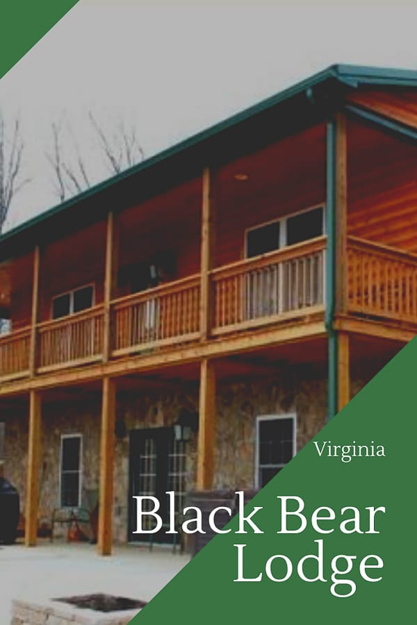 Picture of the outside of black bear lodge in virginia