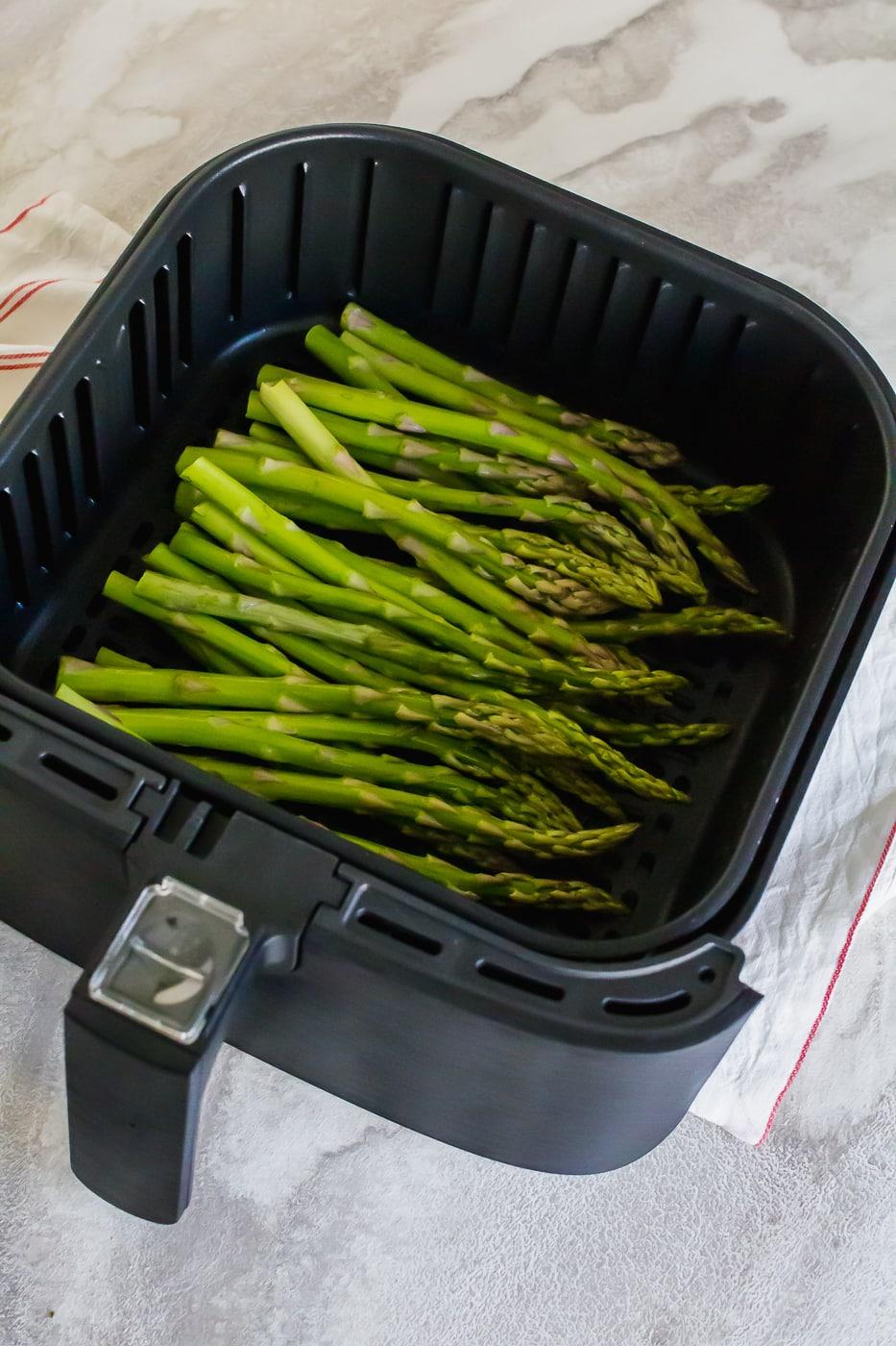 asparagus in the air fryer basket