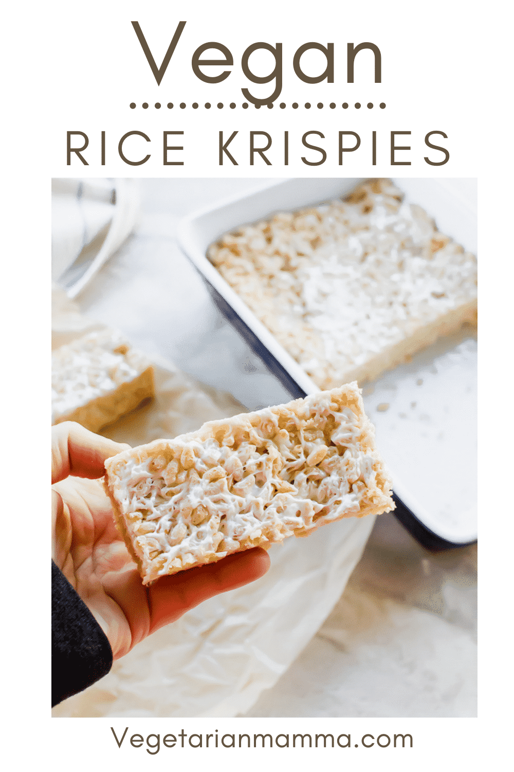 Vegan Rice Krispie Treats are the perfect plant-based sweet snack! This 3-ingredient recipe is super simple to whip up on an afternoon. #vegandessert #ricekrispietreats #veganricekrispies